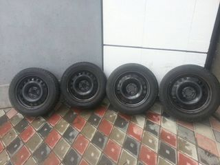 Vind 4 discuri de metal Opel cU 5 Gauri R 16  ET 37 61/2Jx 16H2