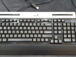 Клавиатура Genius SlimStar 250 Black PS/2.Цена 100 лей.