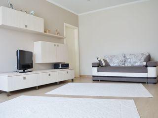 Продаётся квартира 80 кв.  метров в новом малоквартирном доме. Без посредников.