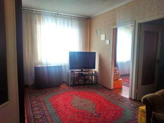 Продается 3-х комнатная квартира район Стелуца. Продает собственник. Сделаю хорошую скидку!