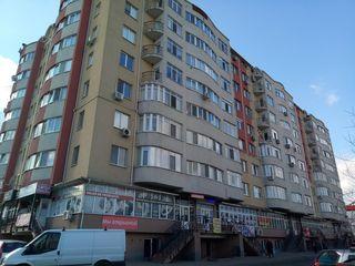 Se vinde spatiu comercial, sectorul Centru, 268 mp - 650 euro/mp