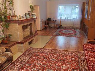 Продаётся дом по улице Комарова