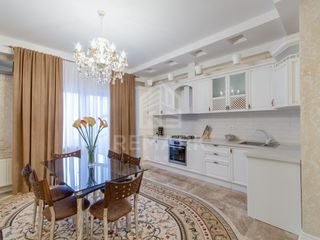 Chirie apartament în bloc nou pe str. Rădăutanu 400 €