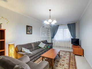 Chirie, Centru, 3 odăi, 650 €