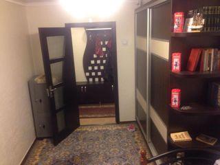 Cricova, apartament cu 2 odăi, recent reparat