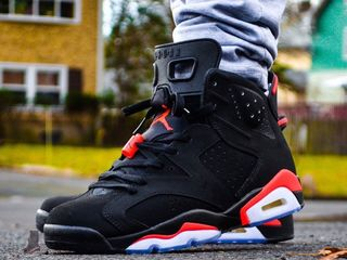 Nike air jordan 6 black red