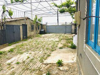 Продаётся дом в п.Светлый об.площадь 200кв.м огород 50 соток все условия для проживания есть. Цена д