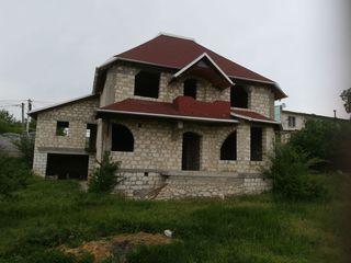 Дом, Яловены, Пьятра Албэ. Цена 40000 евро