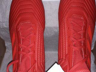 Новые бутсы-кроссовки с шипами и новые футзалки мужские Adidas
