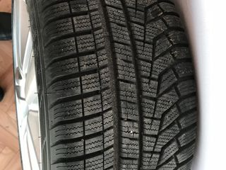 255/40R19+discurii Hankook