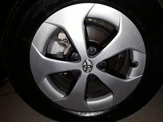 Toyota Prius колпаки оригинальные R15 4 шт.