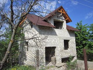 Vrei casă la Ialoveni! Uite aici!