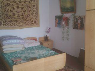 Vind sau schimb casa 1,5 et. + pamint 1,8 hectare - pe apartament 1-2 camere in Chisinau