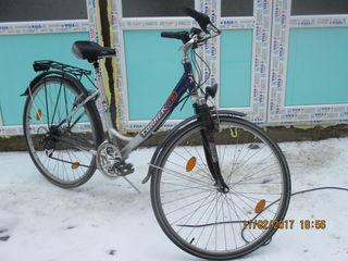 Vînd două biciclete în stare ideală