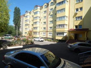Apartament 3 odăi, str. Alba Iulia, Buiucani, Bloc nou! Euroreparație!