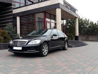 Mercedes S class long, 100 € / 8 ore. Automobil de lux pentru orice solemnitati si ocazii.