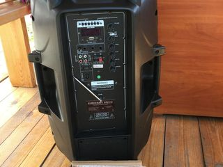 Vând boxa activa Mare D15 cu 2 Microfoane, Bluetooth si Flash 3000 lei