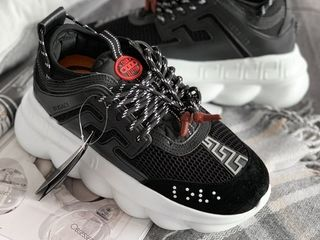 Versace Chain Reaction 2 Black & White