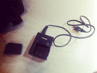 Срочно ! Продам Canon EOS 1100d 18-55mm kit за 2200 лей