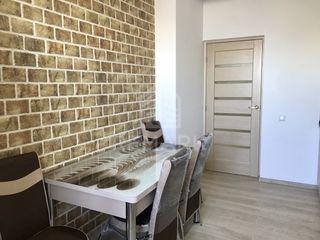 Chirie  Apartament cu 2 odăi, Telecentru,  str. Miorița, 300 €