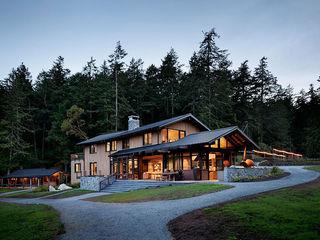 Куплю земельный участок под строительство дома.
