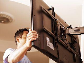 Установка телевизоров на стену. Установка кронштейнов и монтаж телевизоров любых размеров на стену