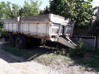 Прицеп ПТС 9 с 2-мя ковшами для трактора. Remorca ПТС 9 cu 2 căușuri p/u tractor.