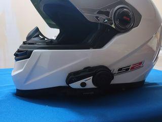 Шлем со связью и камерой.