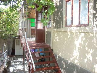 Se vinde sau schimb o casă în satul Saca, raionul Strășeni.