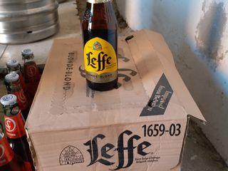Vind 24 sticle de bere Leffe