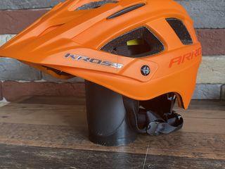 Продам шлем Kross ARROK