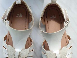 Sandale de fetiţă măr.26
