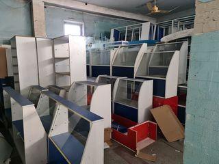 Мебель и стеллажи