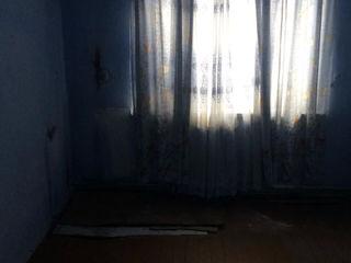 Apartament in orasulTelenesti.Urgent!!!