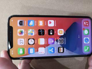 IPhone x.    Apple x 64gb