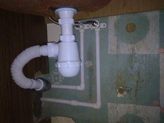 Desfundarea curatirea canalizării, bucatarie, veceu, chiuvete, baie- dus.Чистка пробивка канализации