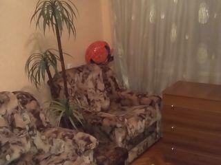 Apartament 2 odai închirie,Sculeanka str.Calea Esilor, linga Linella,vizavi de iaz!