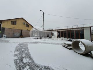 Chirie teren, 8 mp, prima linie, Ciocana, 1000 € !