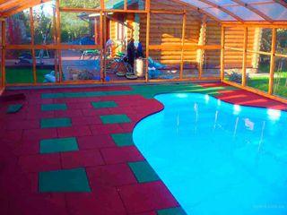 Резиновая плитка бесшовные покрытия вокруг бассейнов. !! от производителя !
