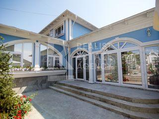 Casă spațioasă cu design individual pe str. A. Vînaru,Codru