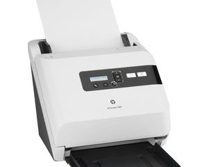 Scaner A4 HP Scanjet 7000, defectat, poate fi utilizat ca sursă de piese (de schimb)