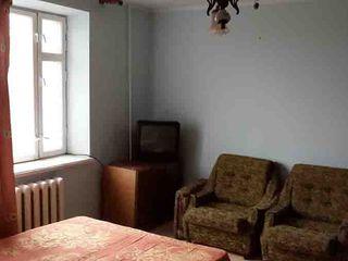 Продаю 1-комнатную квартиру, газ, автономка, мебель