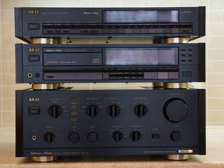 Срочно! Akai Reference Master AM-73; CD-73; AT-93