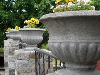 Vaze, ghiveci de grădină exterioare din beton