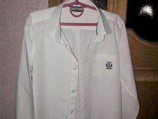 школьные брюки и рубашки,для 2-3 класса
