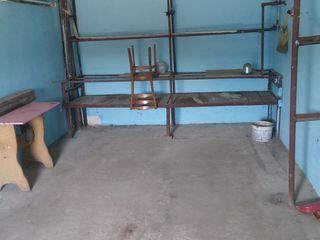 Garaj. 3900 eur