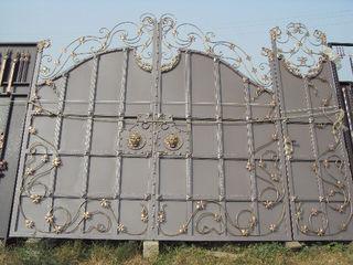 Перила,ворота, заборы,решётки, козырьки, металлические двери и другие изделия из металла!