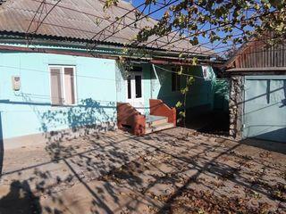 Vind casa in satul chircaesti r. Causeni