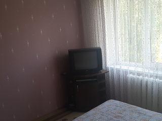 Сдам 2-х комнатную квартиру. Помесячно, на долгий срок.