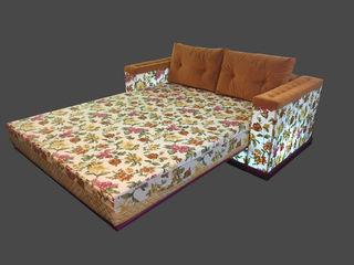 Кровать на металлическом каркасе !